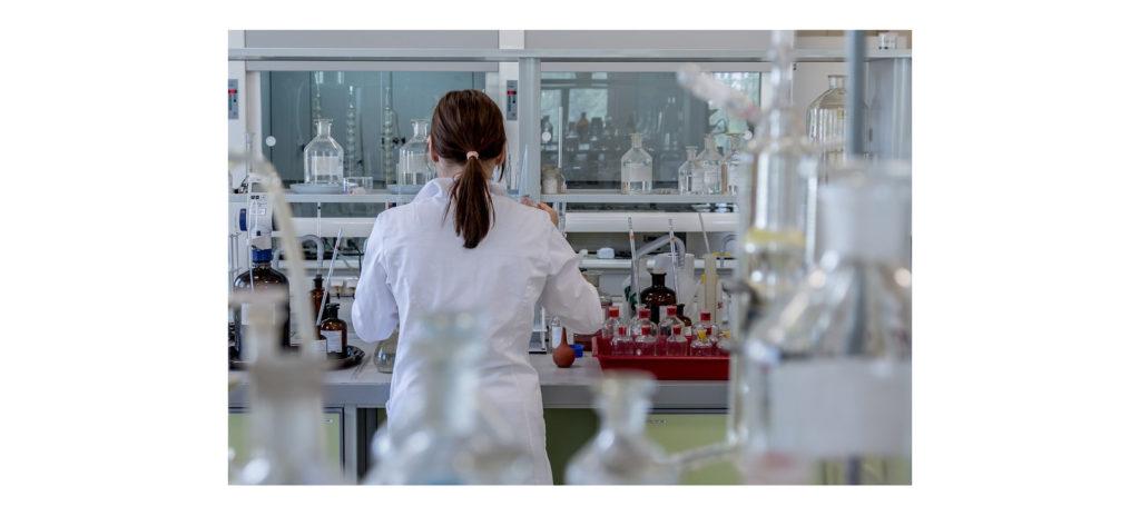 laboratory-1600x725